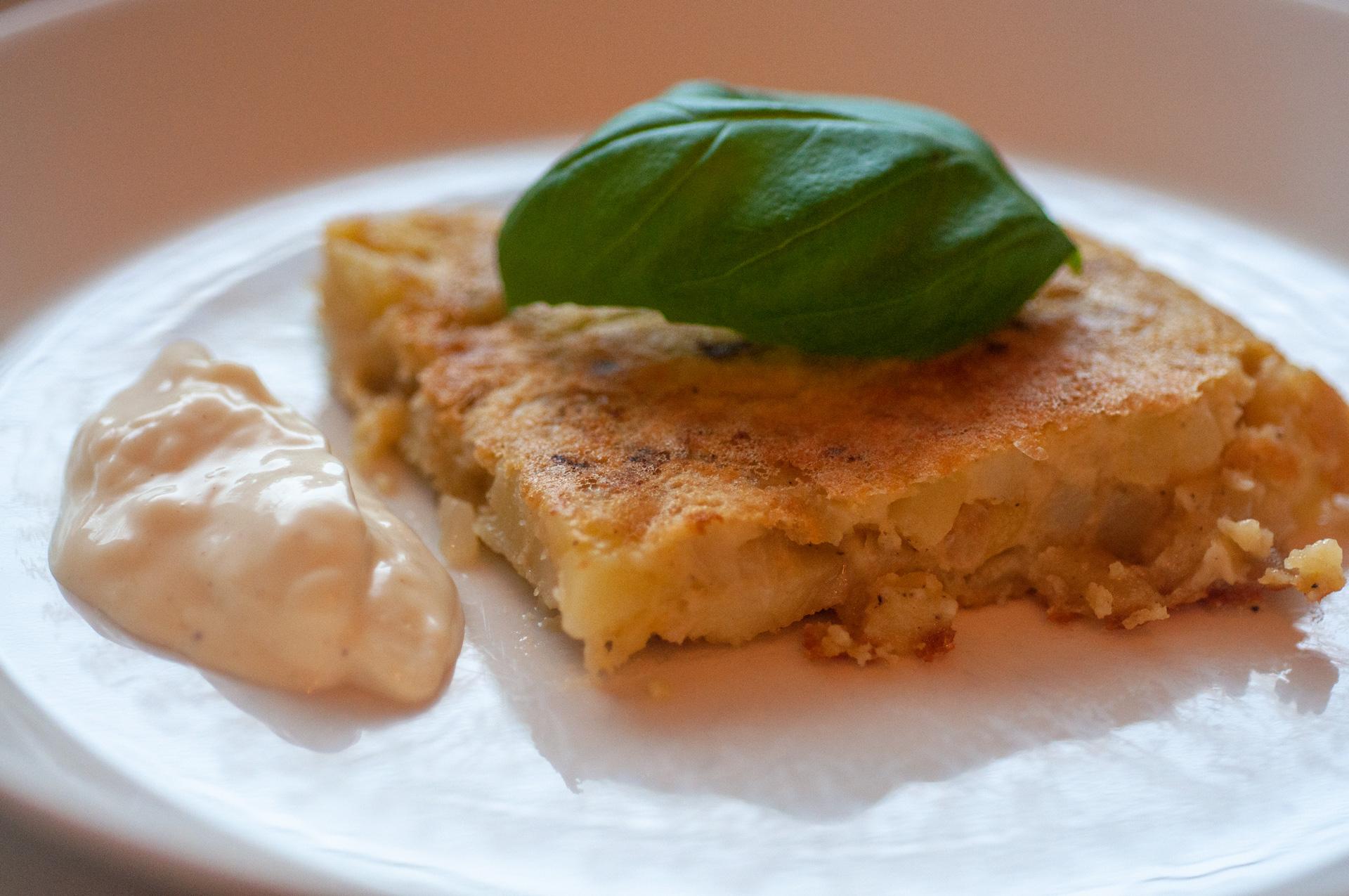 Vegaaninen espanjalainen tortilla
